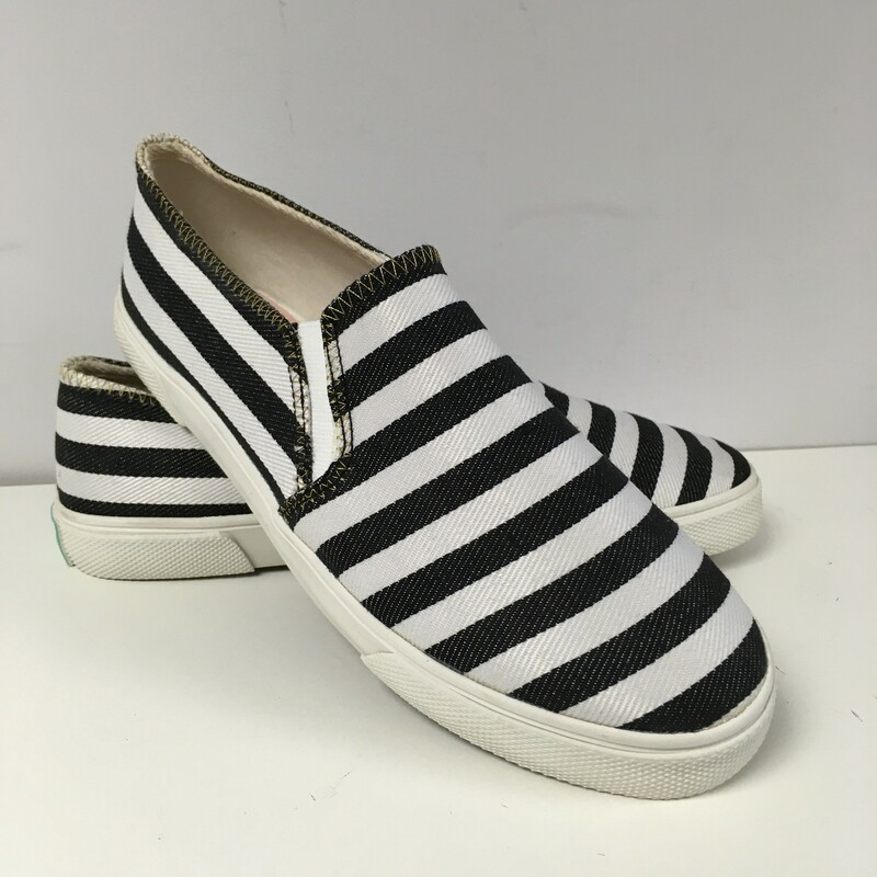 Jack Rogers Sneaker, Colour: Black and white, Size: 7