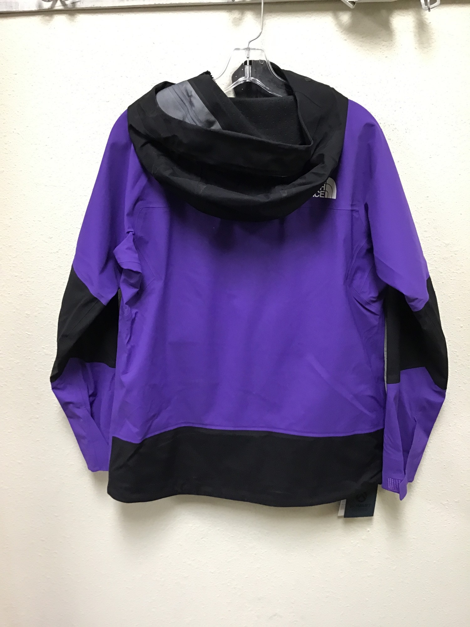 WN North Face Summit Series Ski/Alpine Jacket, Prp/Blk, Size: M