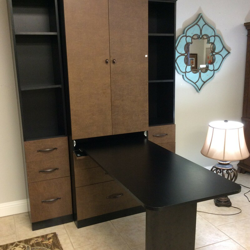 Custom Crafters Table