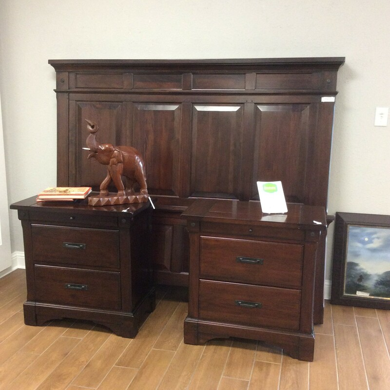 Loving this King headboard, footboard, slats and side rails with two nightstands. It is a dark brown color and has black hardware. The night stands have two drawers with a top jewelry drawer that pulls out.