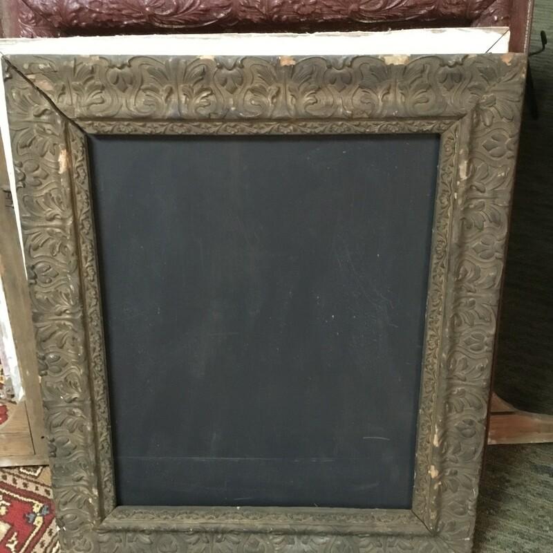 Vintage Ornate Frame Chal