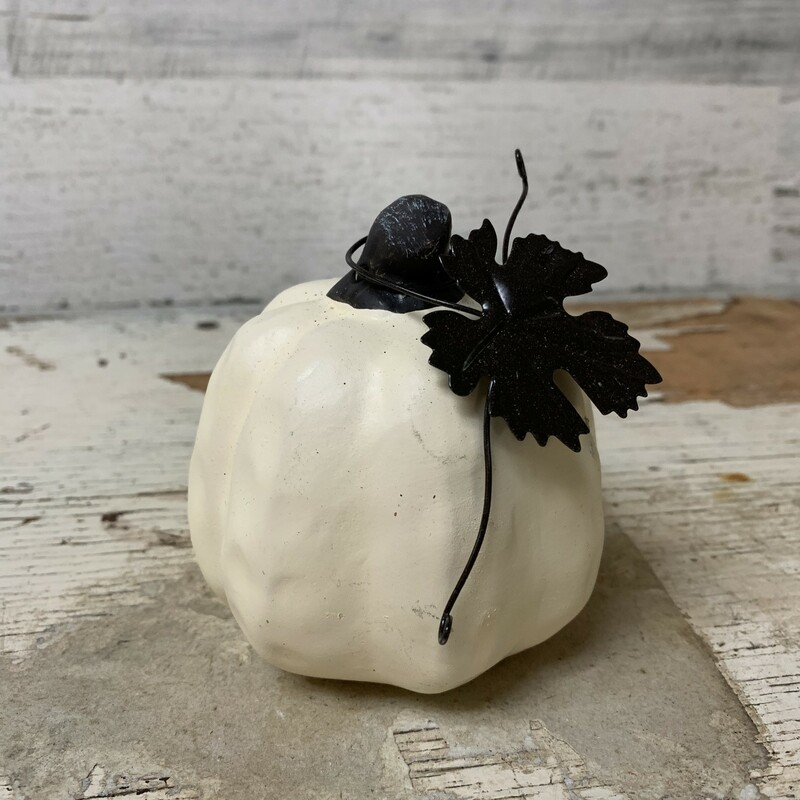 Perfect little centerpiece, accent, diy projects.  It will definitely welcome Fall into you house with style. Measures 3 3/4'' tall and 3 1/4'' wide. Please make sure to look at all the pictures! Thank you so much!