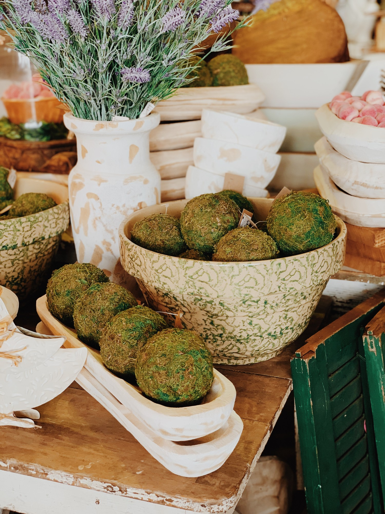 The green moss balls are great fillers for a jar or wooden dough bowl. Makes a pretty centerpiece. Each ball measures 4 inches.
