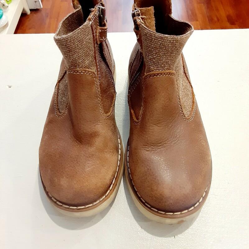 *Primigi Mid Boots
