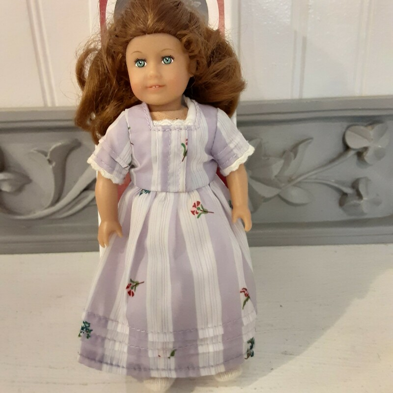 *Kit Mini Doll