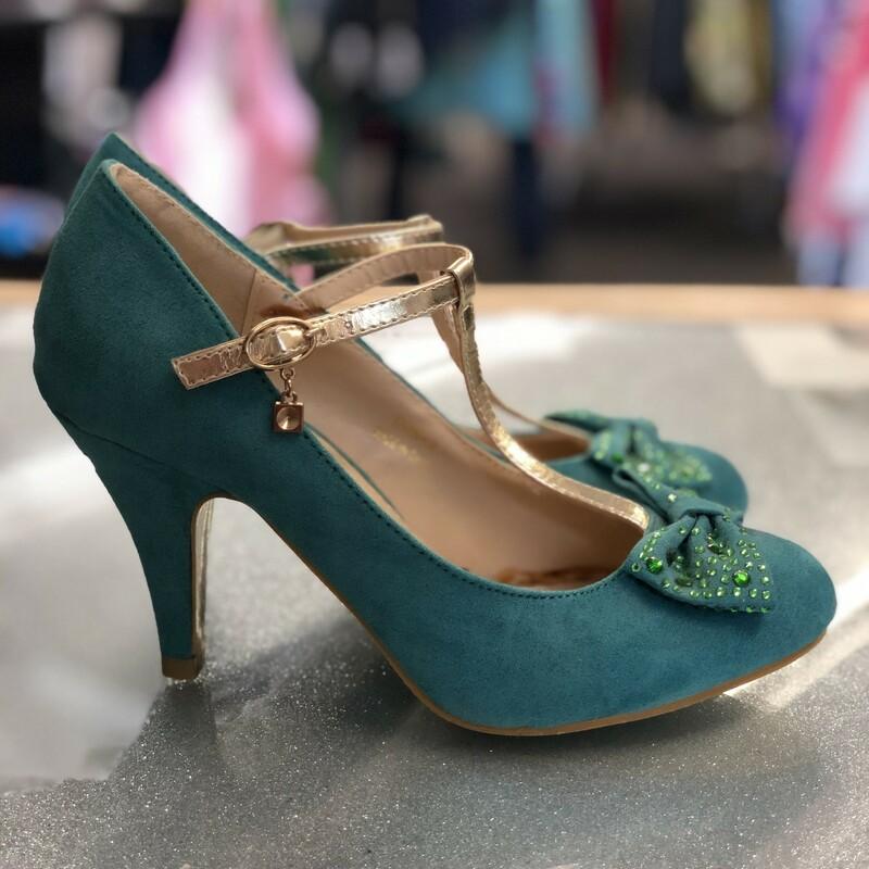 Bow Tstrap Heels