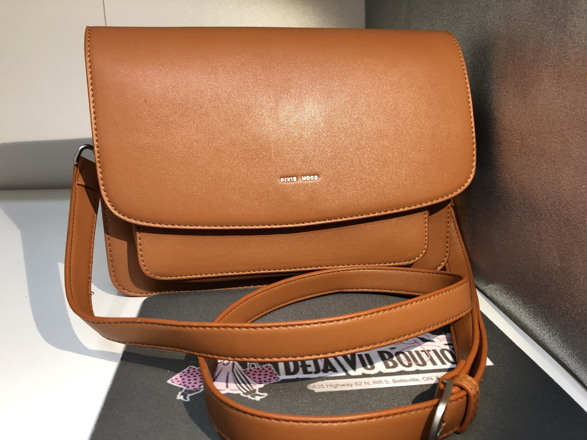 Non Leather Purse, Brown, in Brand New condition
