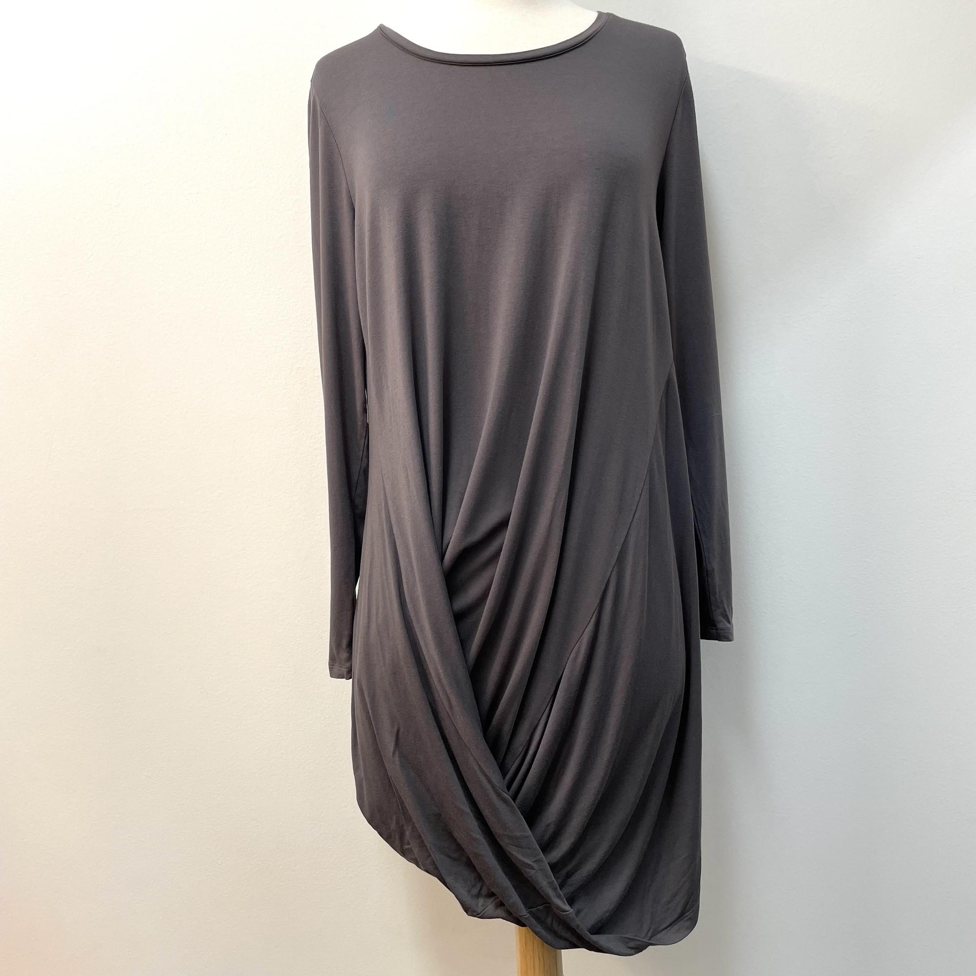 Stella Carakasi  Twist Front Tunic Top<br /> Gray<br /> Size: Medium