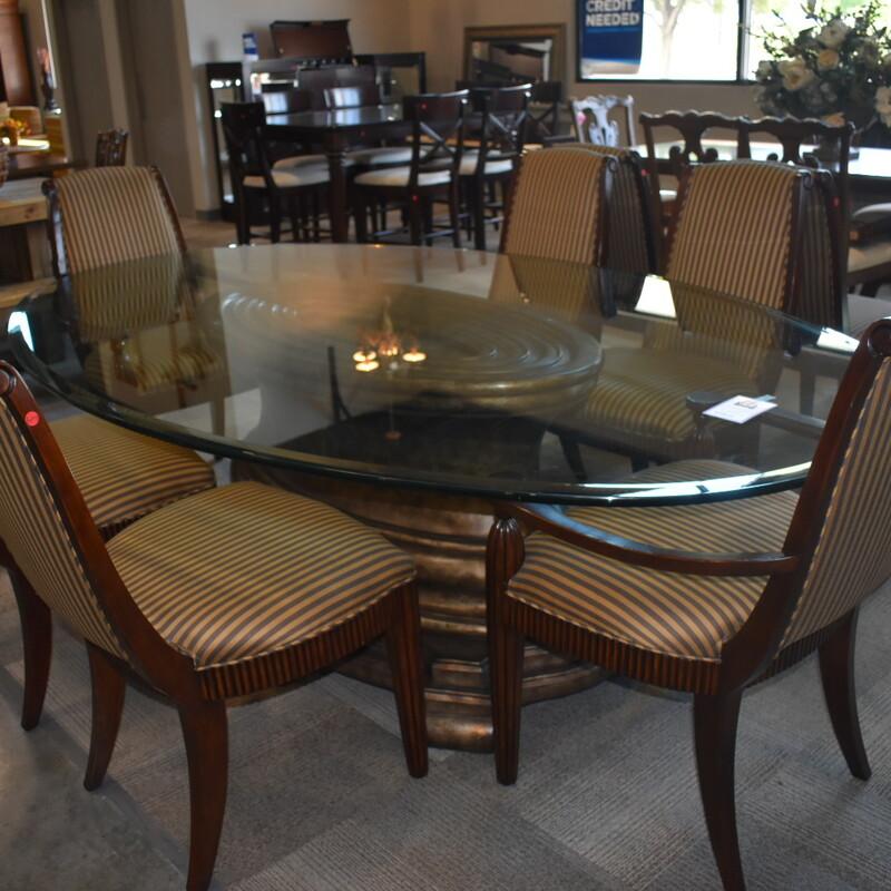 Glasstop Table W/8c