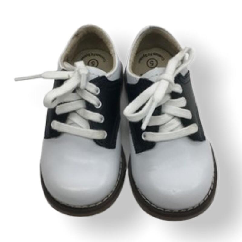 Shoes (white/tan)