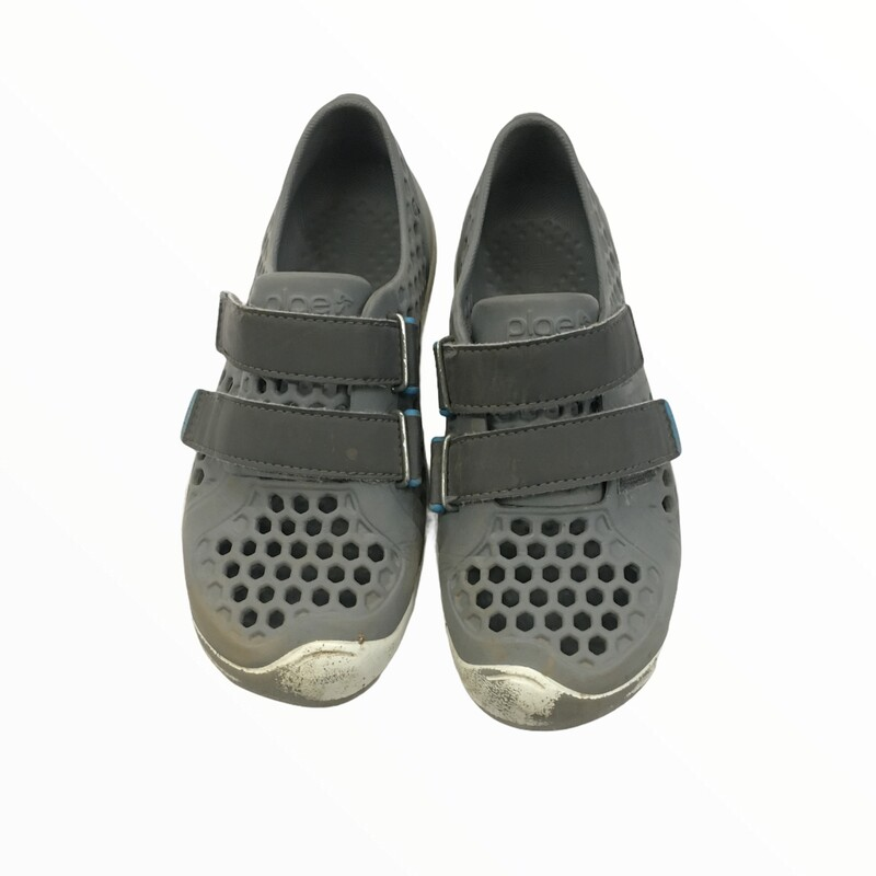 Shoes (Grey/Loved)