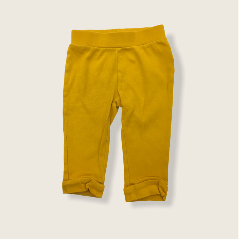 Pants, Boy, Size: 12/18m  #resalerocks #oldnavy #pipsqueakresale #vancouverwa #portland #reusereducerecycle #fashiononabudget #chooseused #consignment #savemoney #shoplocal #weship #keepusopen #shoplocalonline #resale #resaleboutique #mommyandme #minime #fashion #reseller                                                                                                                                                 Cross posted, items are located at #PipsqueakResaleBoutique, payments accepted: cash, paypal & credit cards. Any flaws will be described in the comments. More pictures available with link above. Local pick up available at the #VancouverMall, tax will be added (not included in price), shipping available (not included in price), item can be placed on hold with communication, message with any questions. Join Pipsqueak Resale - Online to see all the new items! Follow us on IG @pipsqueakresale & Thanks for looking! Due to the nature of consignment, any known flaws will be described; ALL SHIPPED SALES ARE FINAL. All items are currently located inside Pipsqueak Resale Boutique as a store front items purchased on location before items are prepared for shipment will be refunded.