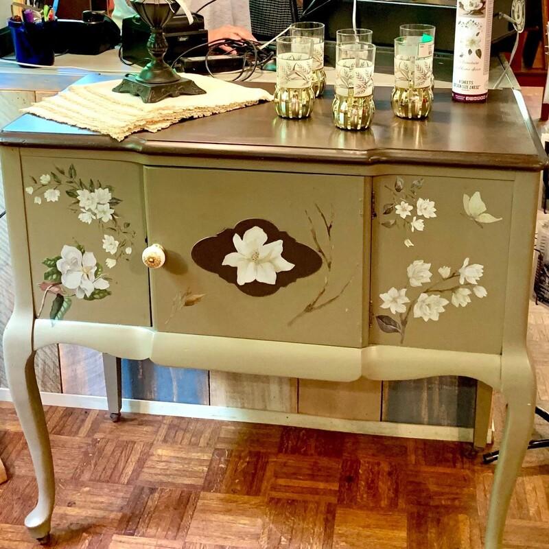 """Dixie Belle Console Table, Size: 38\"""" L X 19\"""" W x 36\"""" H"""