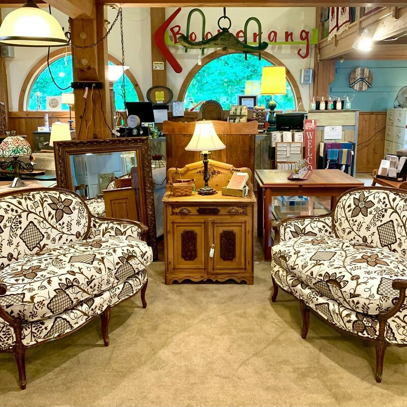 Brown & White Victorian Loveseat - $295 54 IN Wide X 35 IN Tall X 20 IN Seat Height