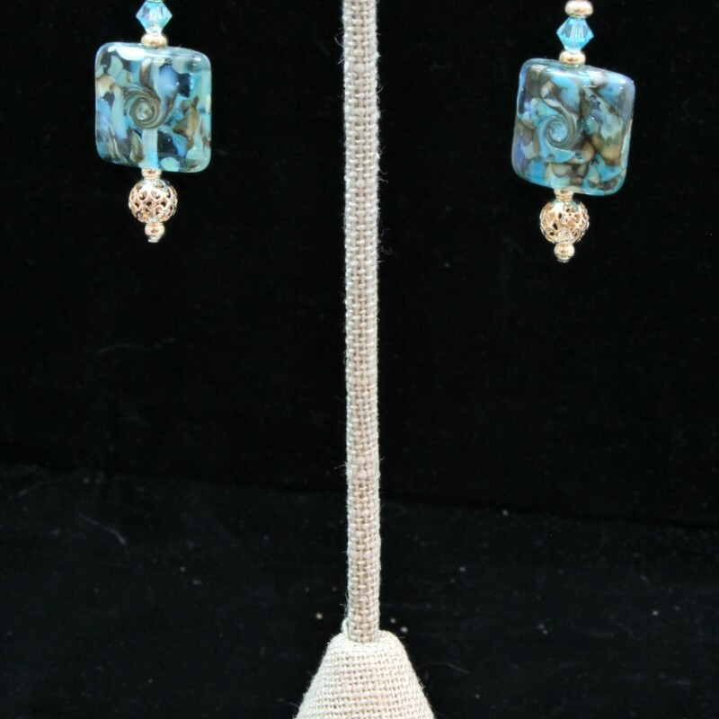 From the Seaside Cliffs collection of Gladmist Glass Deign. Hand torched glass beads with Sterling Silver and Swarovski crystals