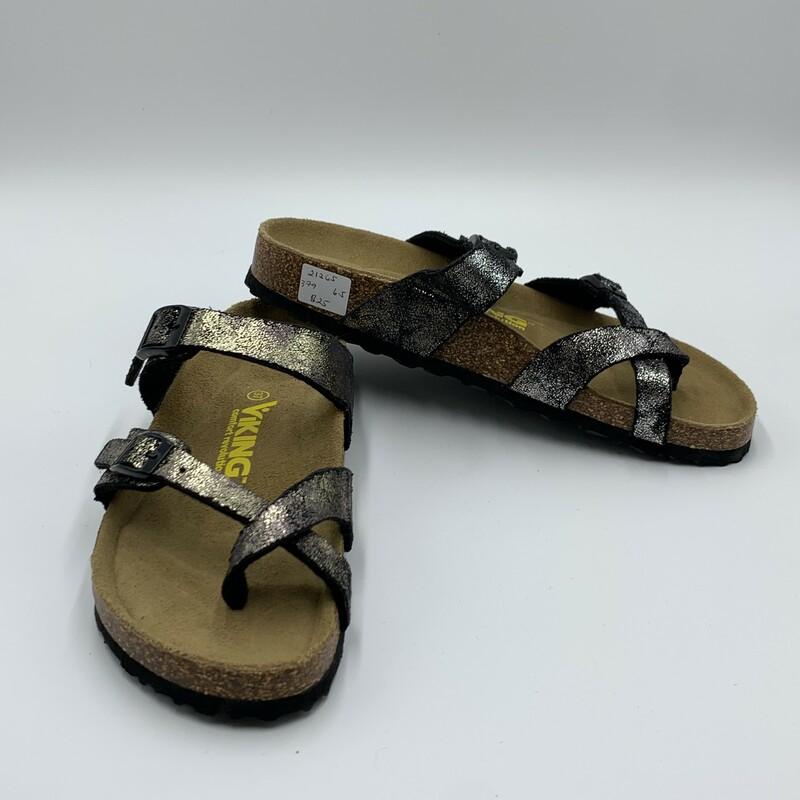 Viking Sandal, Metallic, Size: 6.5