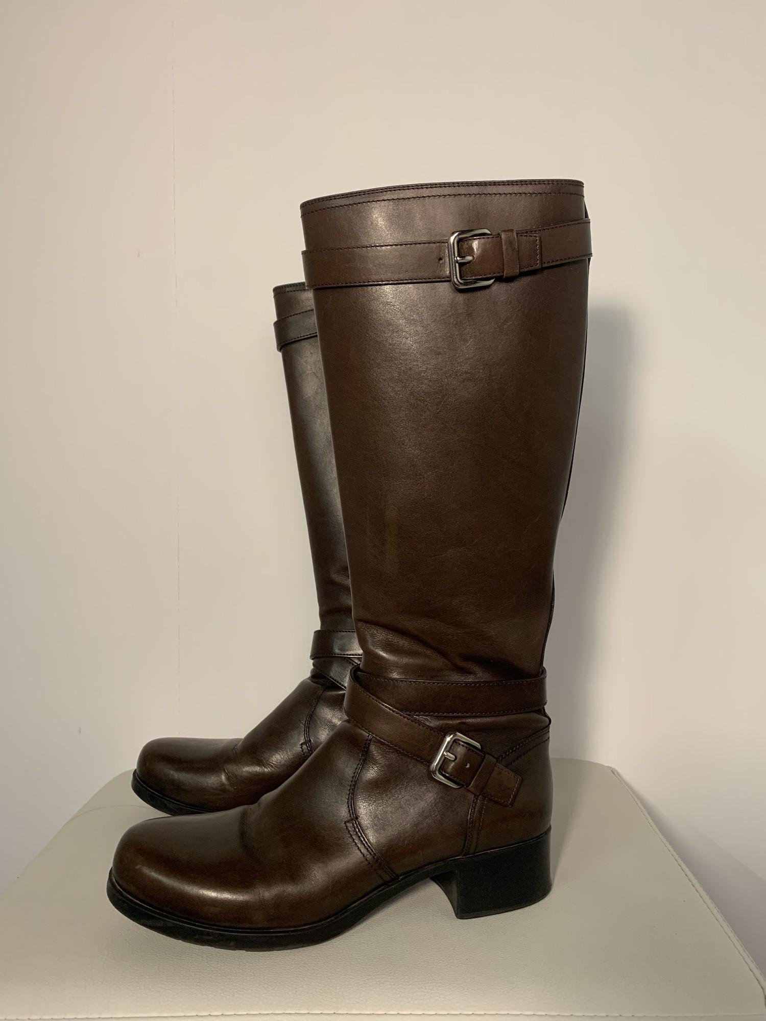 Prada - 9, Solid, Size: Brown