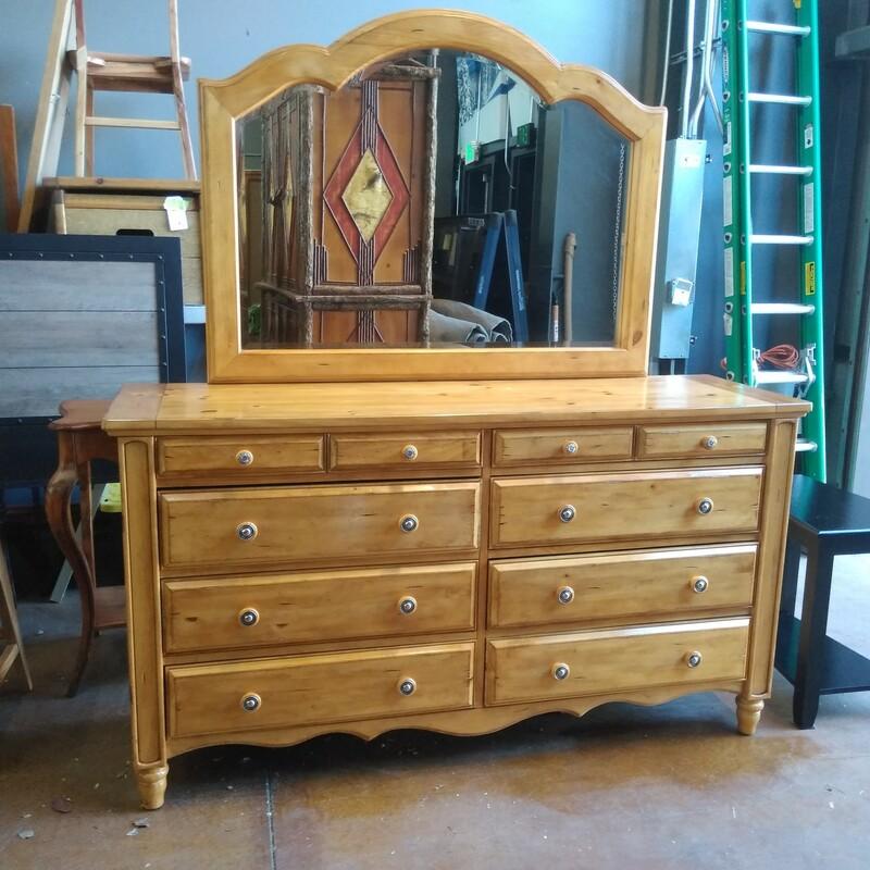 Aspenhome Dresser & Mirro