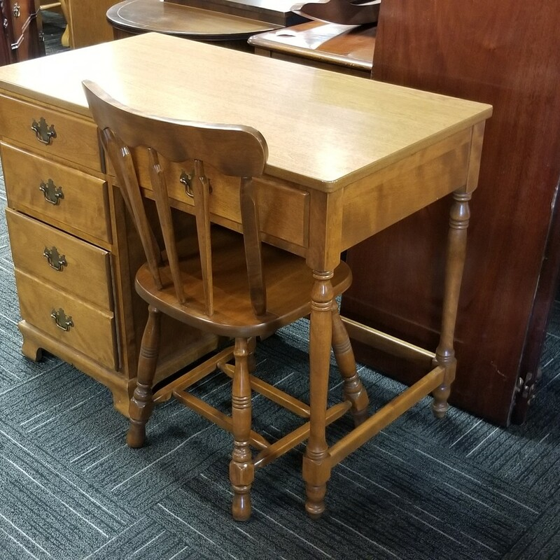 Maple Desk With Chair