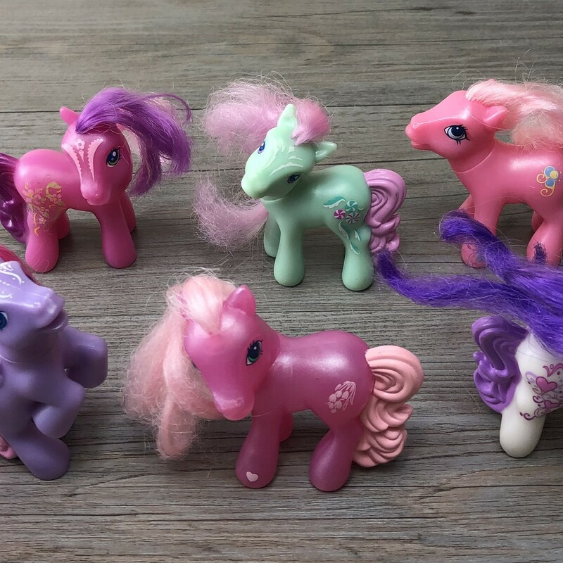 Pony Set, Multi, Size: 6 Included As is.