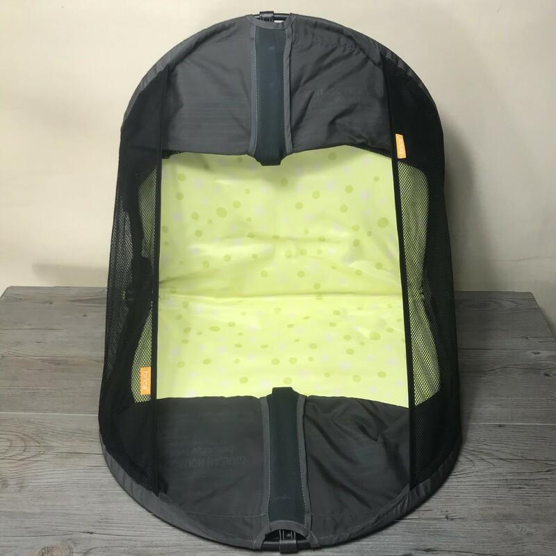 Brica Fold N Go/bassinet