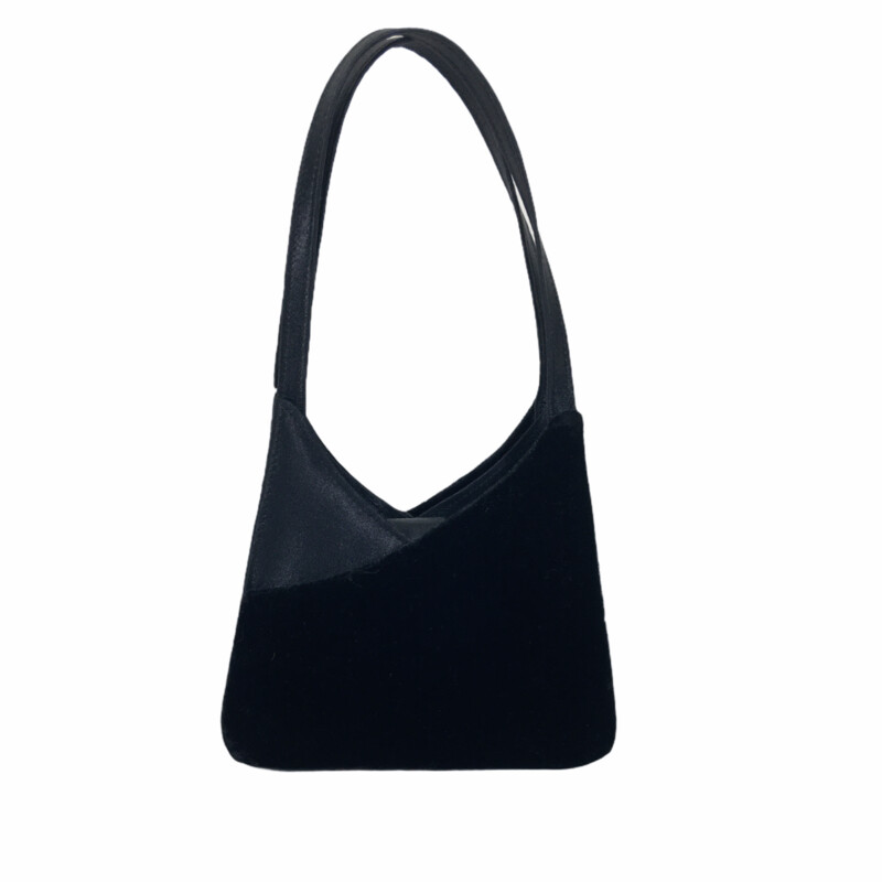 122-098 No Tag, Black, Size: Mini Bags small black purse with velvet and silk velvet  good