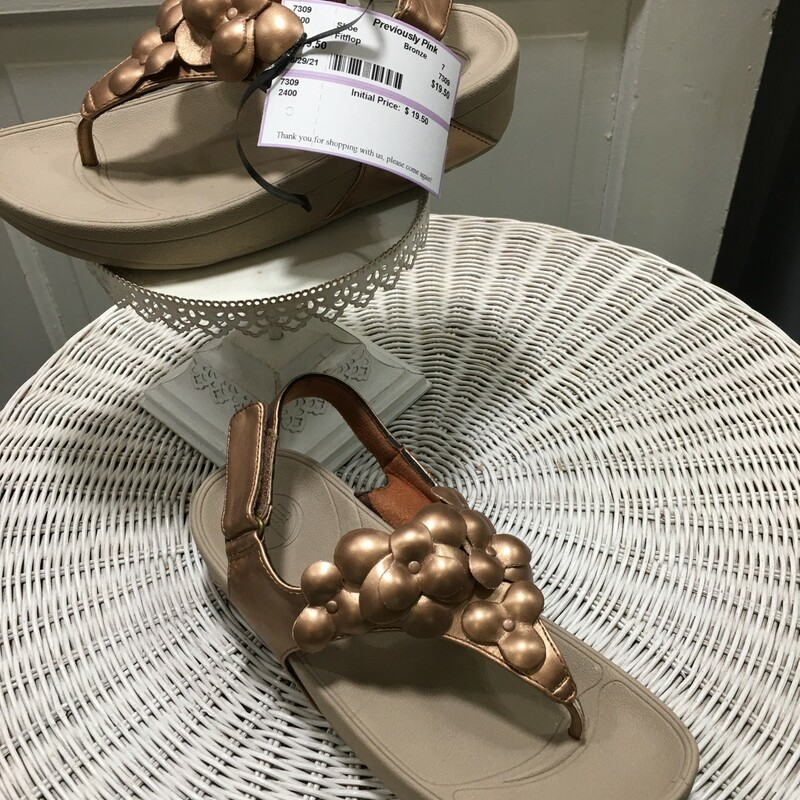 Fitflop, Bronze, flowers and velcor. Size: 7
