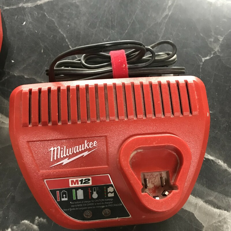 M12 Charger, Milwaukee