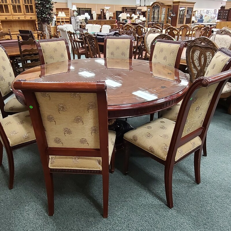 RND TABLE W/ 8 CHAIRS