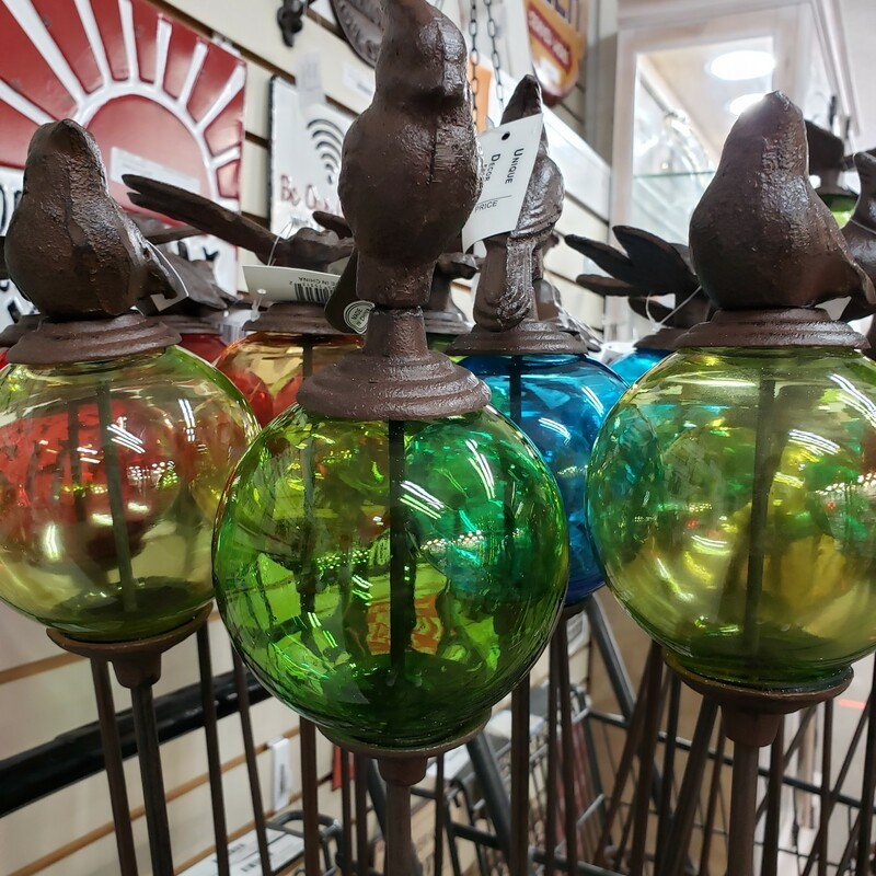 Cardinal Glass Globe Stake  Assorted colors. Please call to verify we have your preferred color.