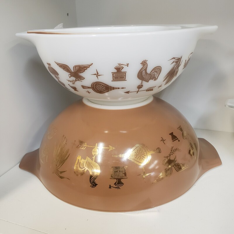 Early American S/4 Nesting Bowls