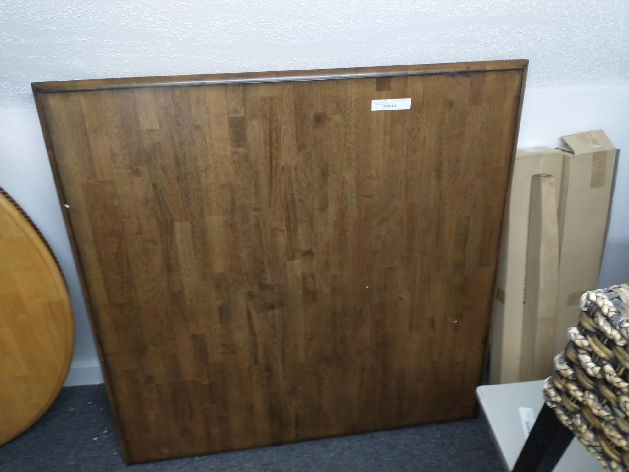 Rectangualr Table 4 Legs