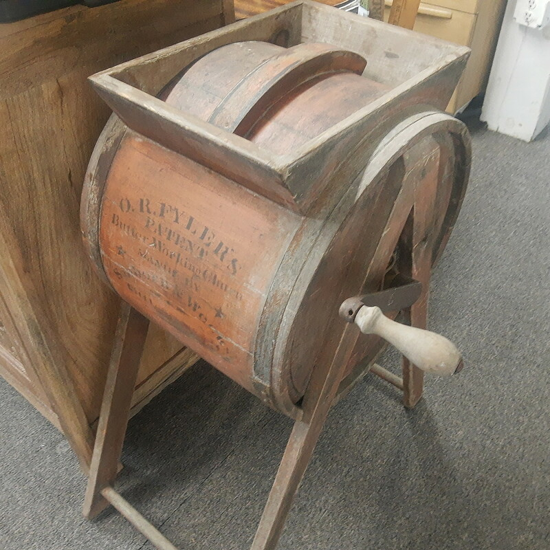 Butter Churn in old Red Paint, excellent condition!!