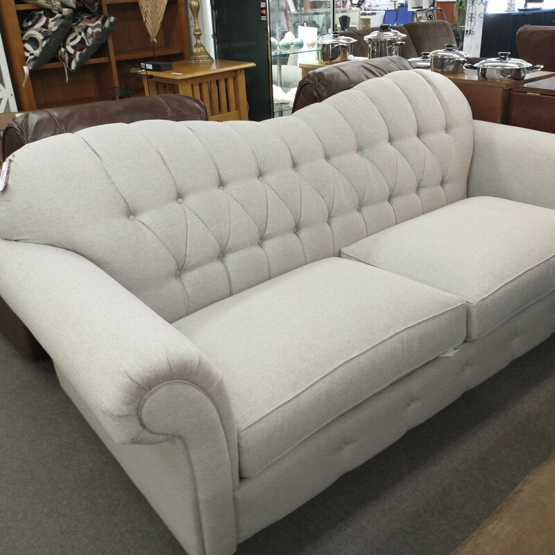 Klaussner Sofa Shelby Model down cushions.NEW!