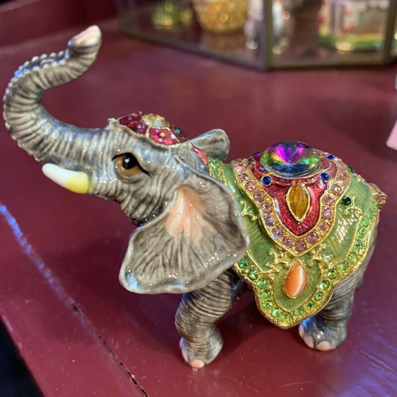 Circus Elephant Hinged Bo