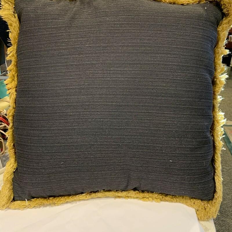 """E. Allen Down Pillow, Black/go, Size: 20\"""""""