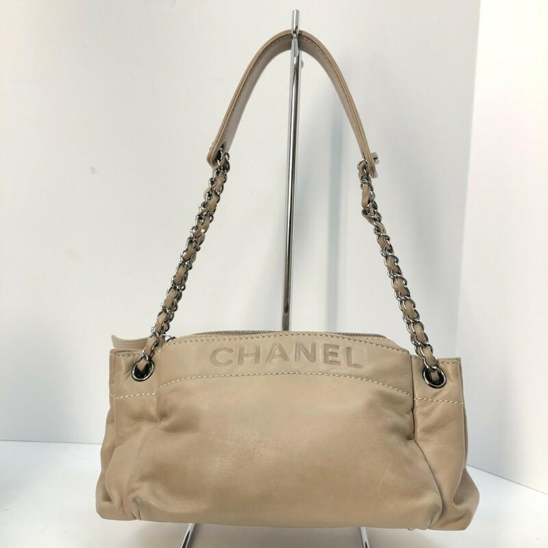 Chanel Lambskin Lax Accordian Shoulder Bag, $999.99