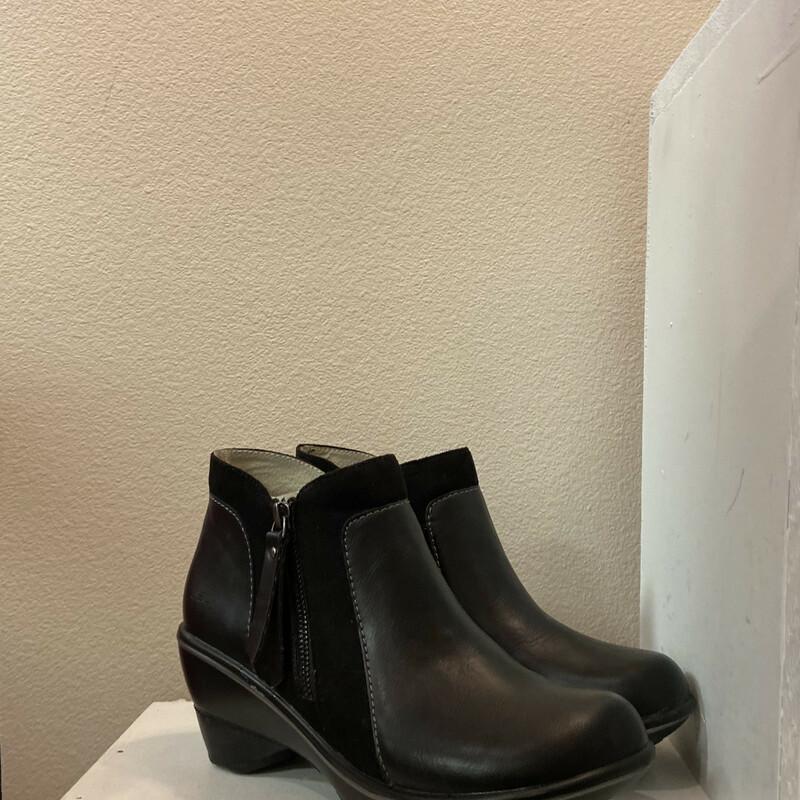 Black Leather Zip Bootie