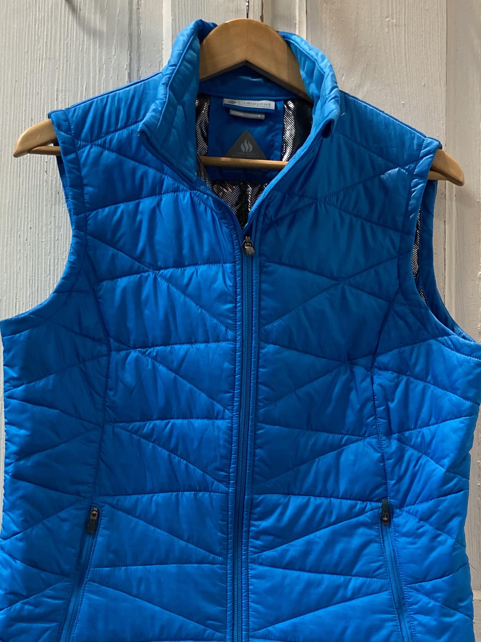 Blue Omni Heat Vest<br /> Blue<br /> Size: Large