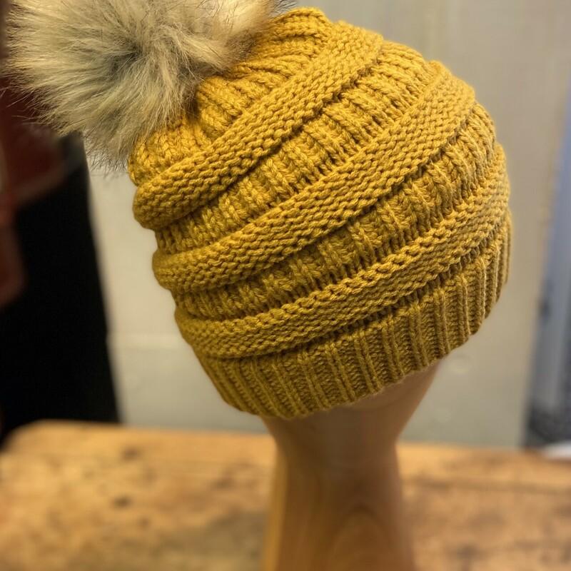 Gold/yllw Knit Pom Hat