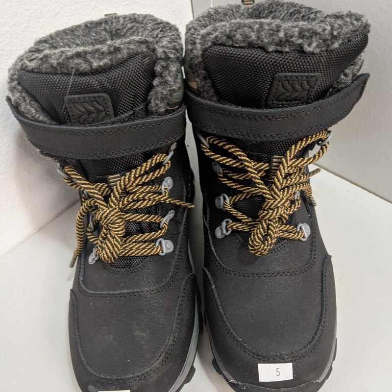 Youth Snow Boots