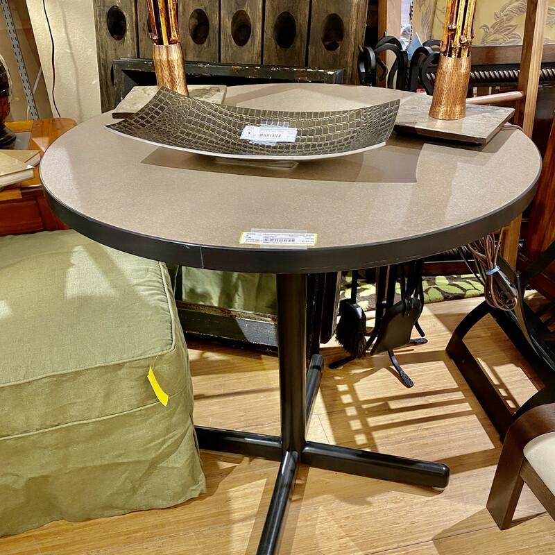 Table Round Haworth