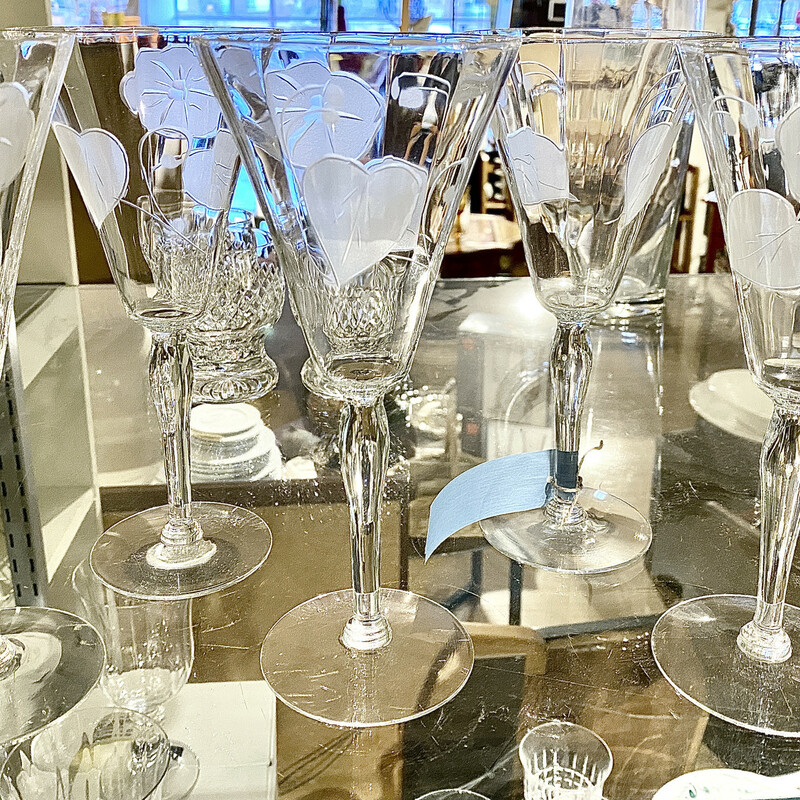 Glasware Wine Etched