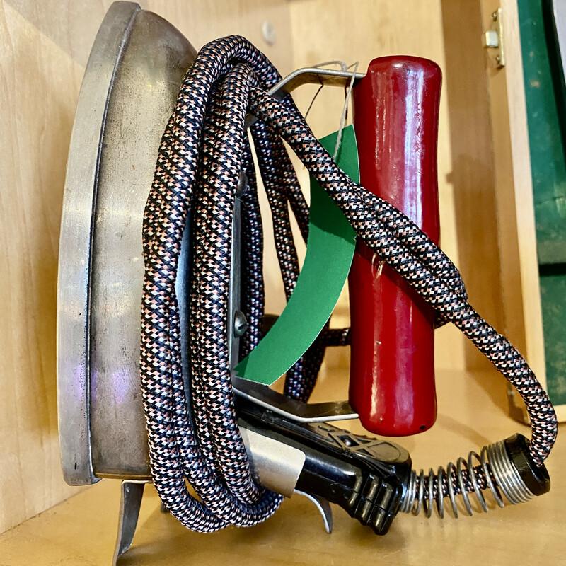 Iron Vintage - WORKS!