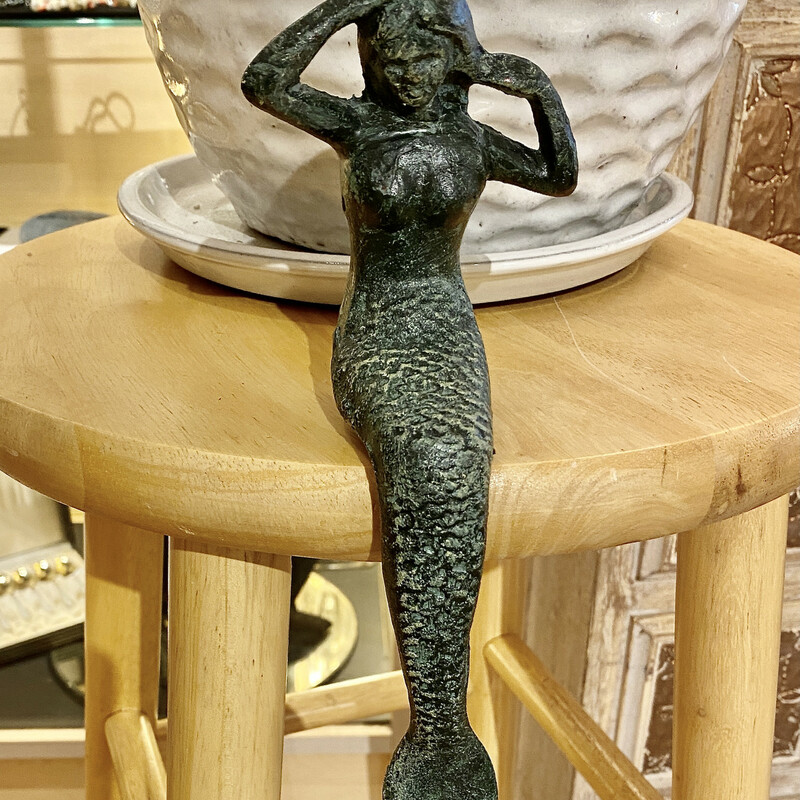 Figurine Mermaid Shelf