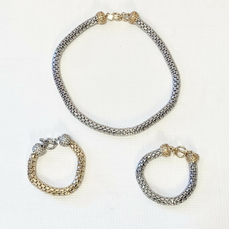 Banana Republic Bracelet, Silver Chain Gold Toggle